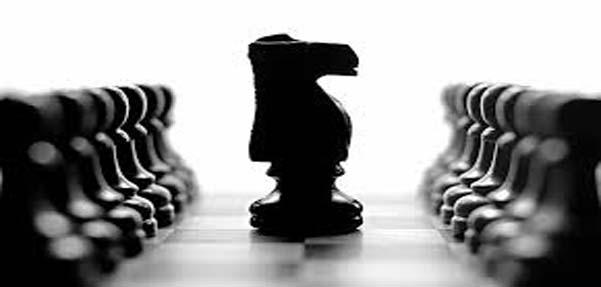 مدلسازی مهره اسب در بازی شطرنج با3dmax