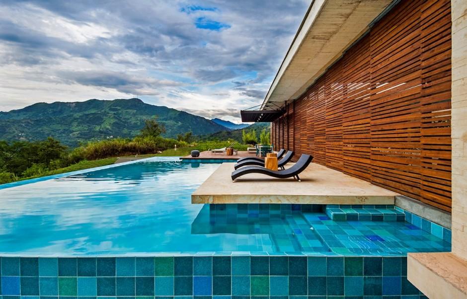 10-Private-pool-patio