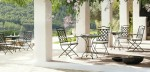 11-Black-wrought-iron-outdoor-furniture-600x288