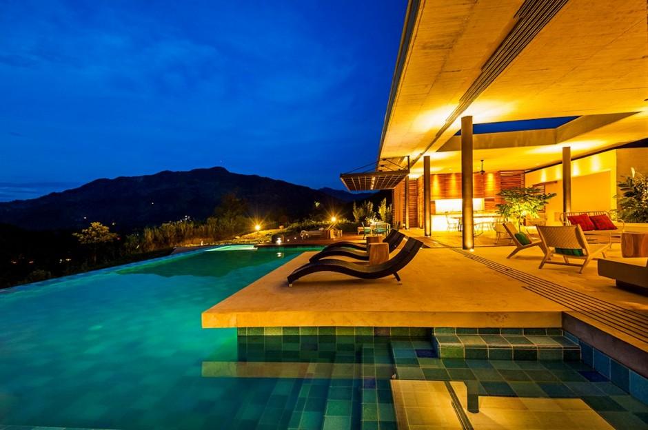 13-Pool-patio