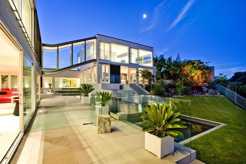 4-Glass-balustrades