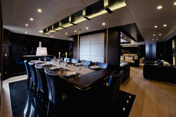 4-Luxury-dining-room-600x400