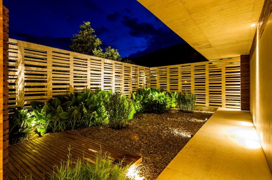 6-Backyard-design