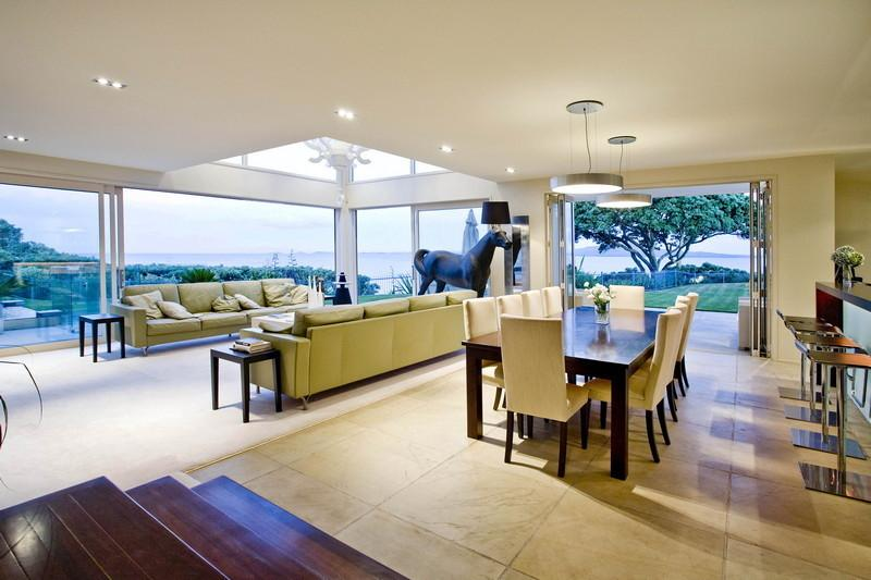7-Open-plan-dining-room