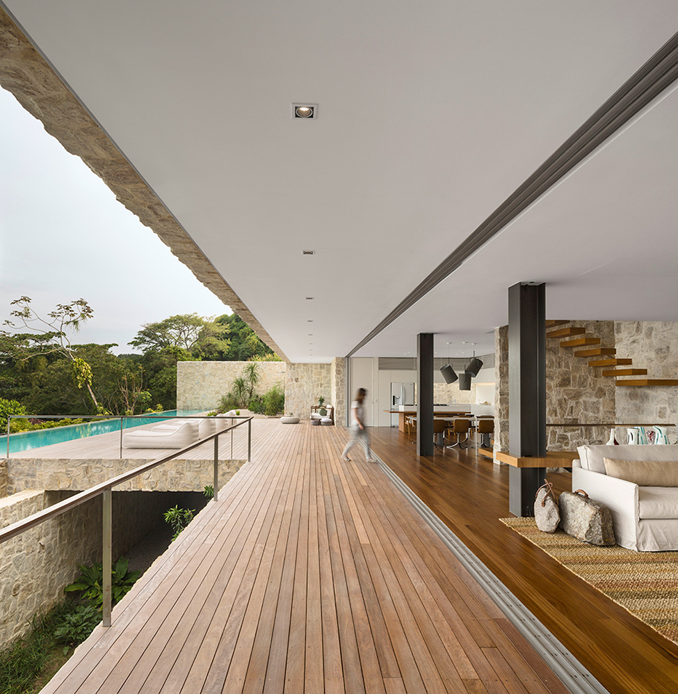 Luxury-Villa-in-Brazil-by-Studio-Arthur-Casas-3
