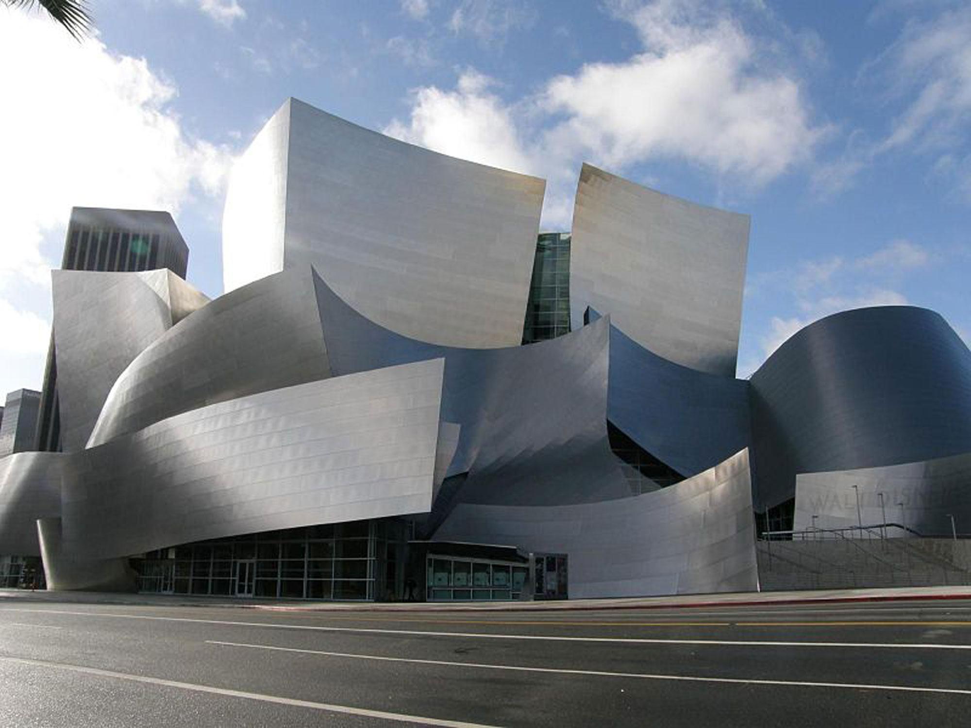 طراحی عجیب و زیبای تالار کنسرت والت دیزنی در لس انجلس ...
