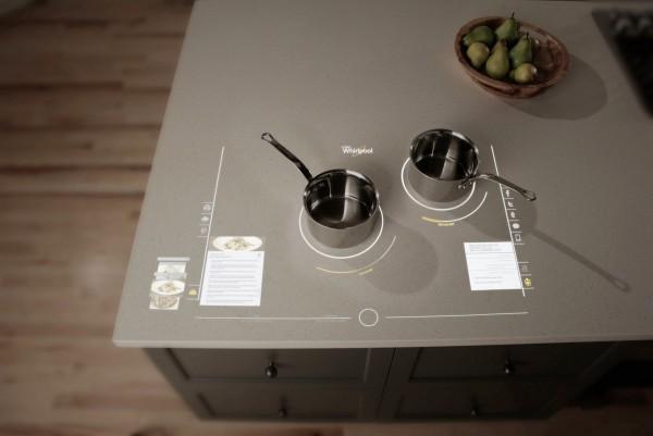 25-Whirlpool-interactive-cooktop-600x401