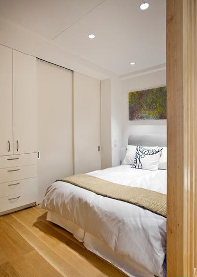 9be15b6101b8a74e_5959-w422-h530-b0-p0--contemporary-bedroom_0