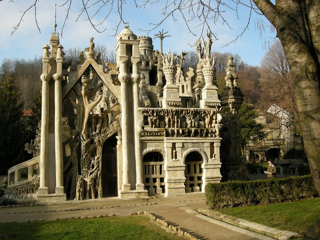 Ferdinand-Cheval-Palace-a.k.a-Ideal-Palace-France-Copy