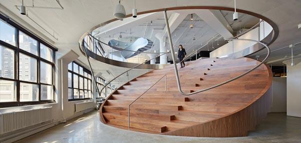 طراحی زیبای دفتر کار شرکت تبلیغاتی آمریکایی