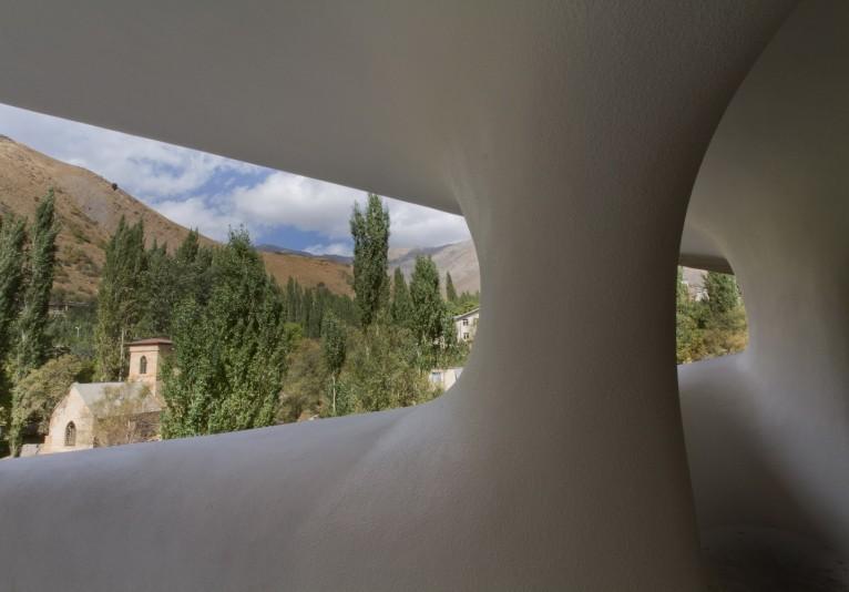 Barin_Ski_Resort_in_Shemshak_Iran_by_Ryra_studio__10_-293-800-534-90