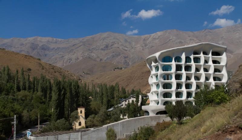 Barin_Ski_Resort_in_Shemshak_Iran_by_Ryra_studio__1_-284-800-534-90