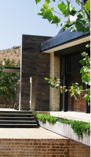 Walnut_Shell_House_in_Shiraz (24)