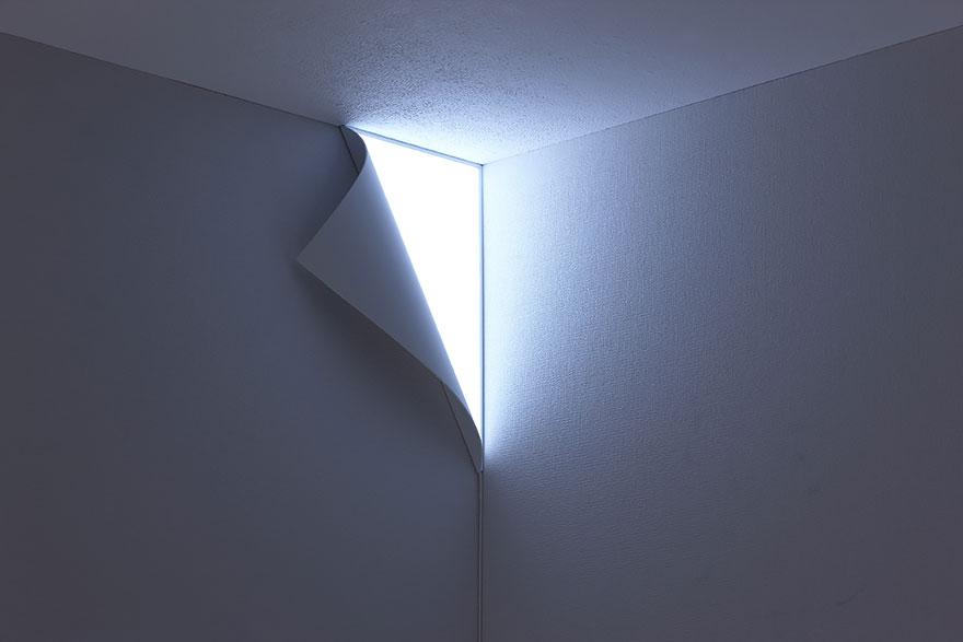 چراغ خواب زیر پوست دیوار