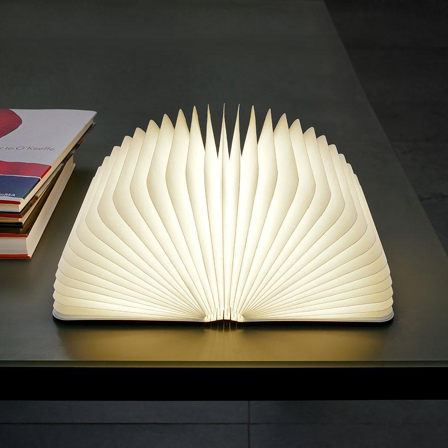 چراغ اتاق خواب کتاب دیحیتالی