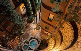 معماری زیبا بدون قطع درختان (تهران-نیاوران)