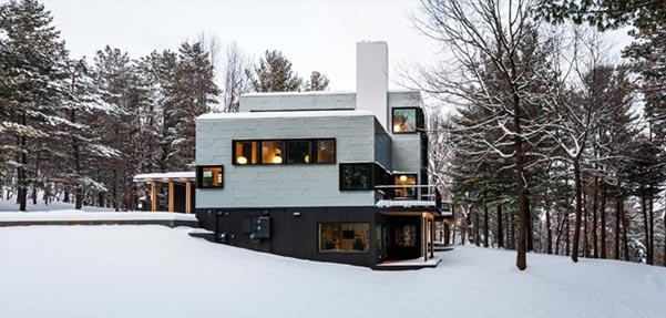 ساختمان Koosmann ; خانه ای بر روی تنه درخت کاج
