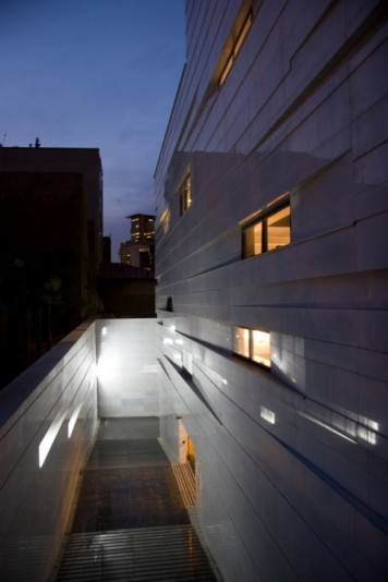Vali_Asr_Commercial_Office_Building___6_-4103-800-534-90