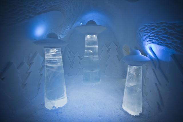 Ice-Hotel4-640x426