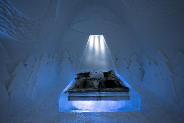 Ice-Hotel8-640x426
