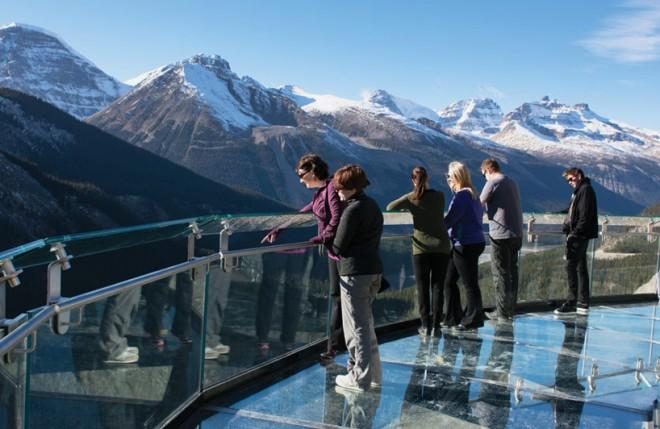 The Glacier Skywalk  (13)