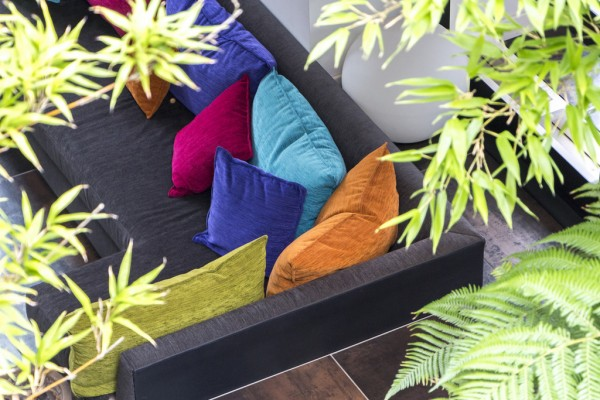cozy-colorful-sofa-600x400