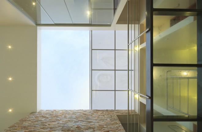 530d6675c07a80ce8b00009c_cristal-house-g-mez-de-la-torre-guerrero__mg_3680