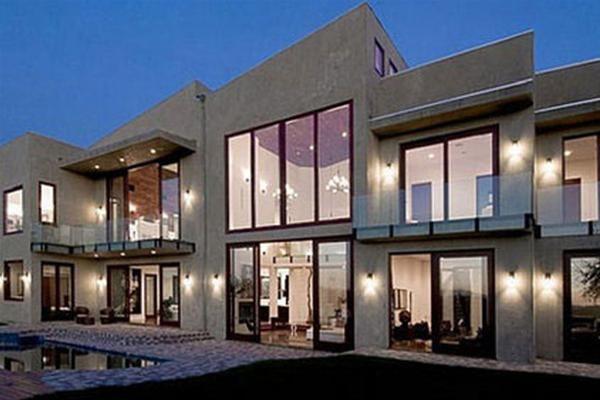 Rihanna Home