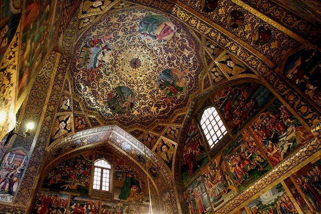 Vank-Cathedral-isfahan-1371044335