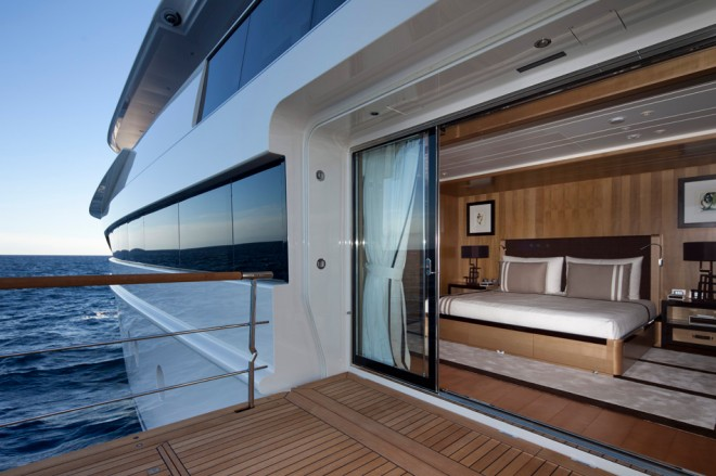 crn-mega-yachts-chopi-chopi-designboomg08