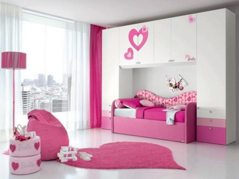 fancy-pink-bedroom-designs-for-women