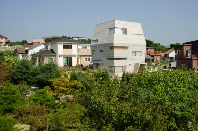 moon-hoon-architect-starwars-house-designboom-09