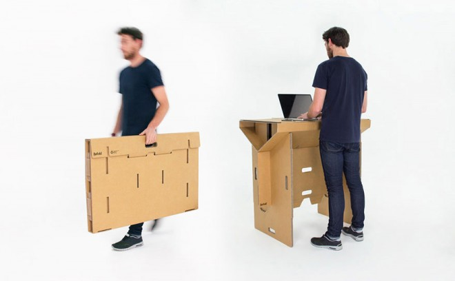 refold-portable-cardboard-standing-desk-10-660x408