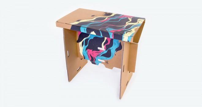 refold-portable-cardboard-standing-desk-11-660x350