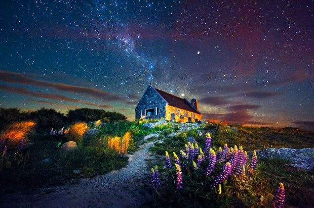 tiny-house-fairytale-nature-landscape-photography-32__880-620x412