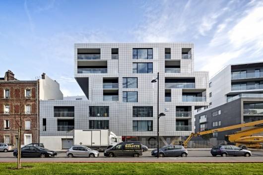 540504f9c07a8020a600003f_le-havre-cote-docks-vauban-philippe-dubus-architecte_photo-sergio-grazia-ph_dubus-le_havre_imp-001-530x353