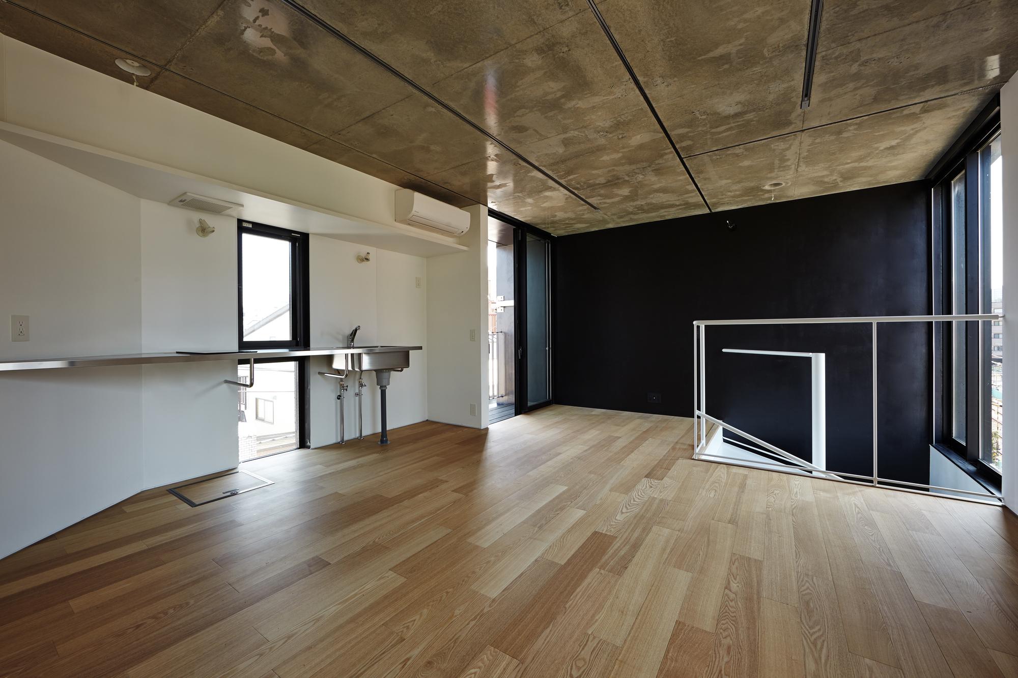 546d5339e58ece3d87000073_kuro-building-kino-architects_hikb_137