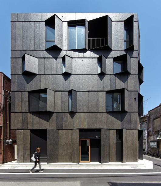546d53a3e58ece294700007c_kuro-building-kino-architects_portada_hikb_102-530x611