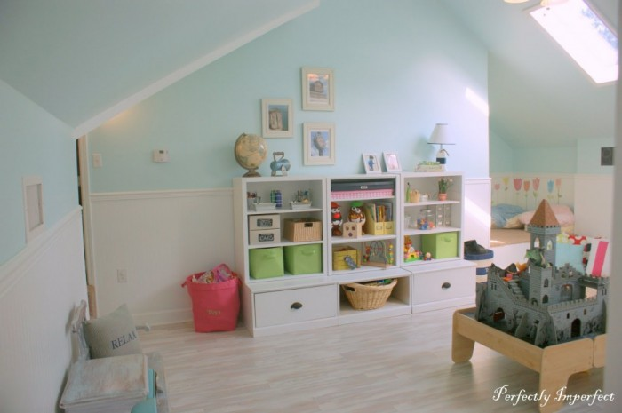 A-perfectplay-room.com-soft-attic-style-childs-room-pastels-and-white-with-storage-700x465
