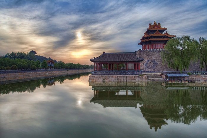 Beijing-Forbidden-City-Sunrise-1920x1280