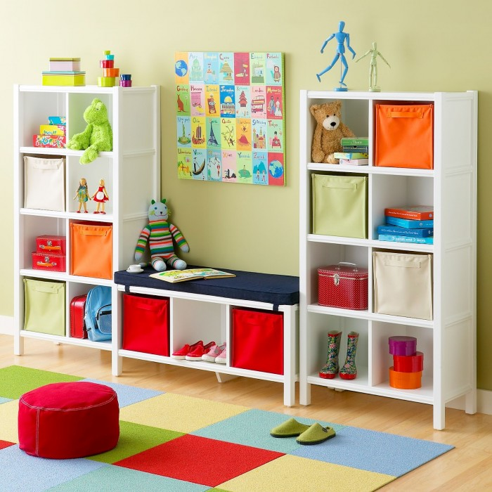 Cube-storage-in-primary-colors-childs-playroom-700x700