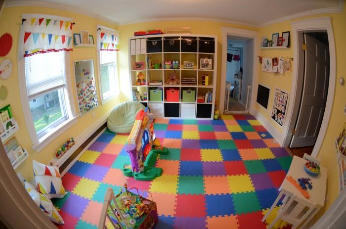 Kerrys-Papercrafts-jigsaw-flooring-childs-room-700x463