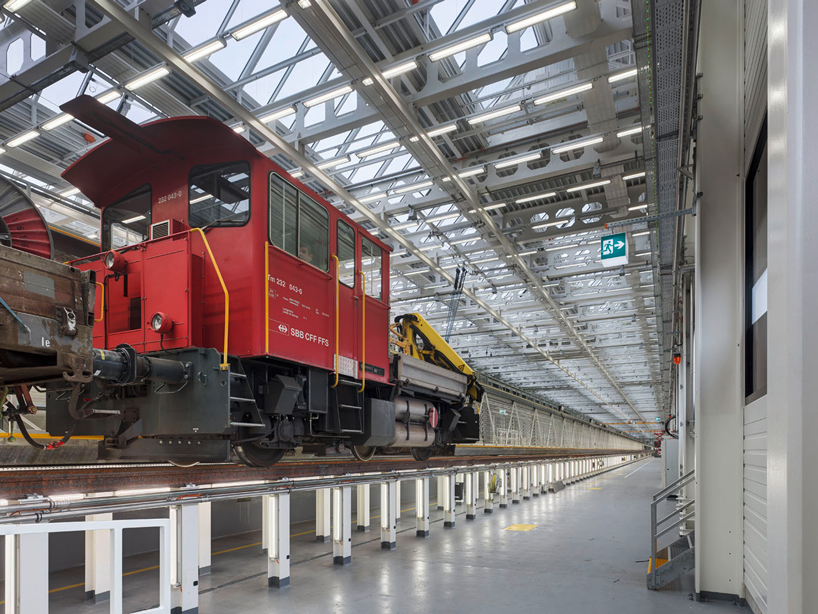em2n-extension-railway-designboom-07
