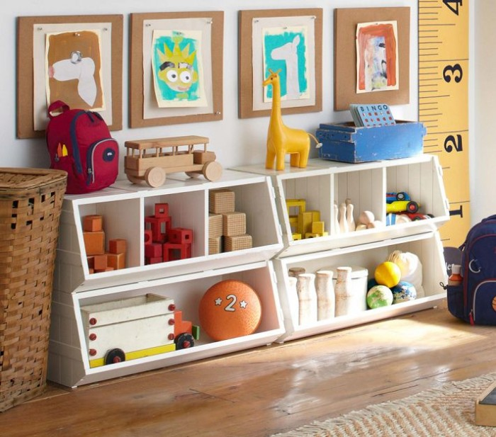 funky-white-storage-units-in-childs-room-with-featured-art-projects-700x617