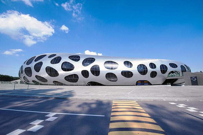 ofis-architects-football-stadium-arena-borisov-designboom-04