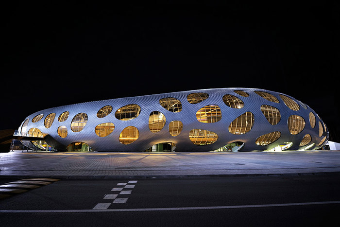 ofis-architects-football-stadium-arena-borisov-designboom-09