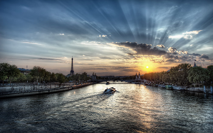 sunset-in-paris-44618