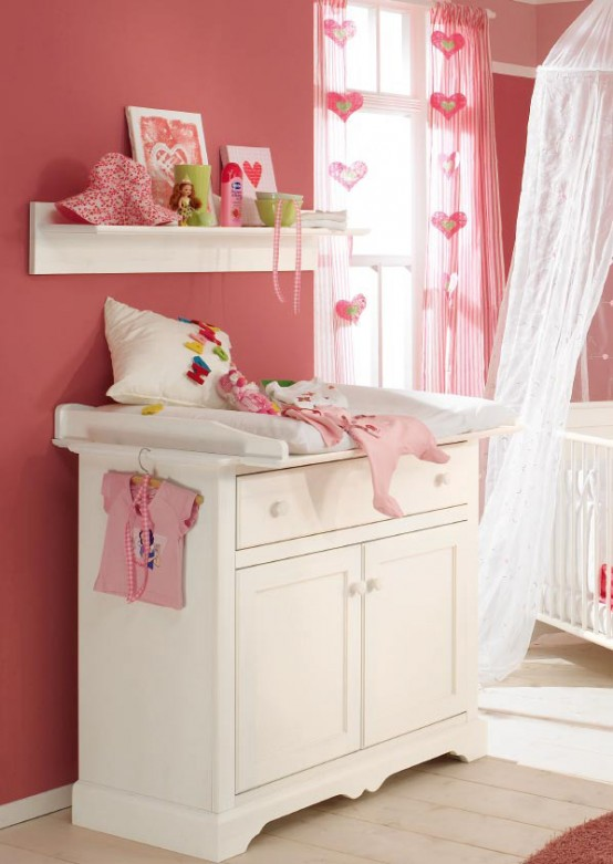 white-and-wood-baby-nursery-furniture-sets-by-Paidi-6-554x781