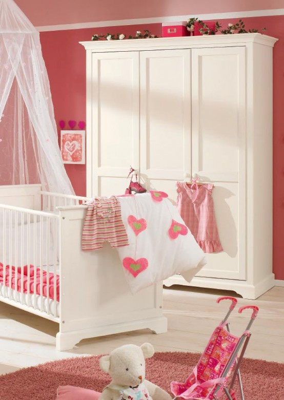 white-and-wood-baby-nursery-furniture-sets-by-Paidi-7-554x781