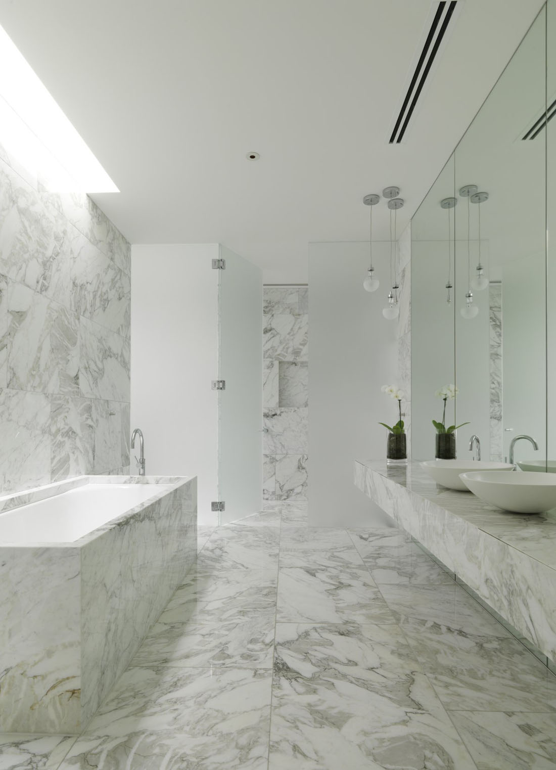 30-Marble-Bathroom-Design-Ideas-23
